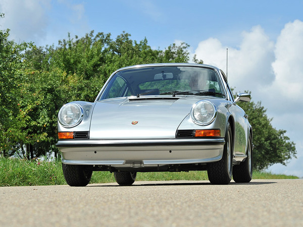 Revive the Passion – Porsche 911 Factory Restauration